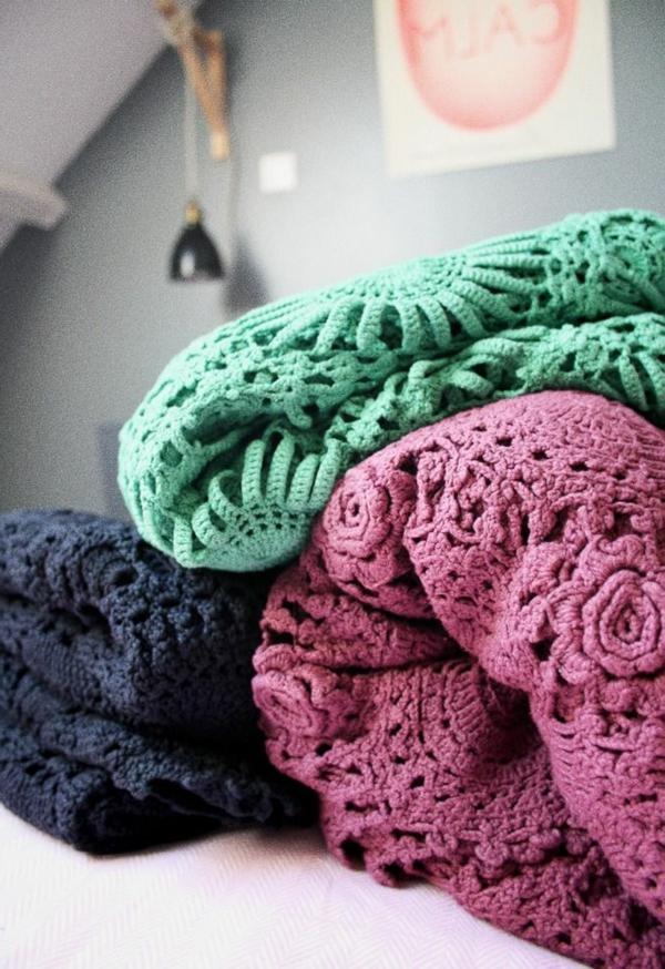 1-couverture-au-crochet-chambre-à-coucher