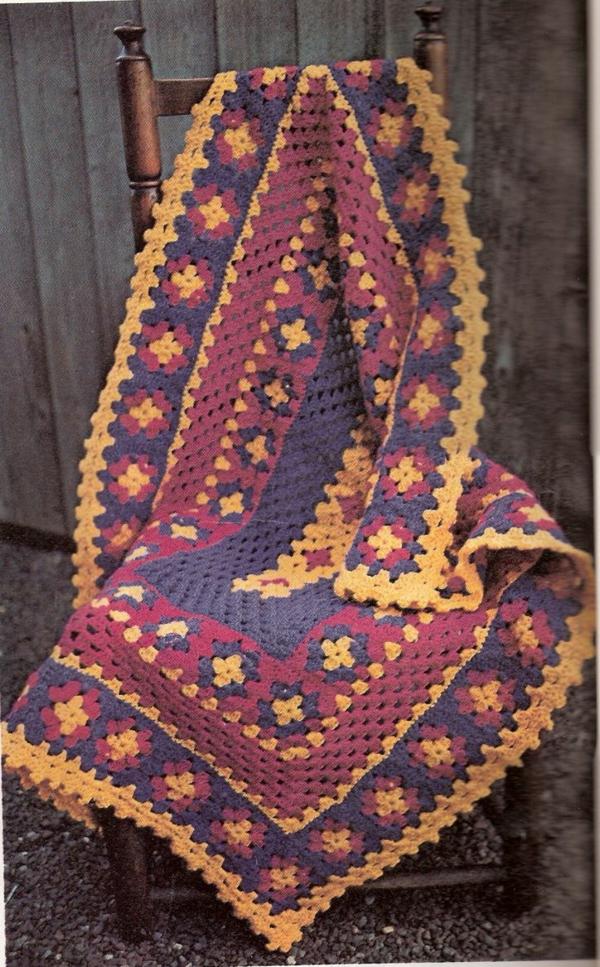 1-couverture-au-crochet-colorée-lit-