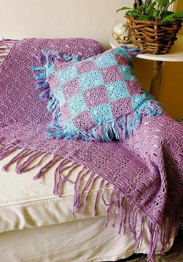 1-couverture-au-crochet-violet