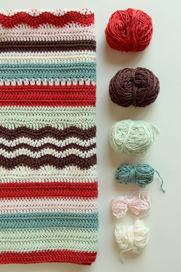 1-couverture-tricoté-coloré