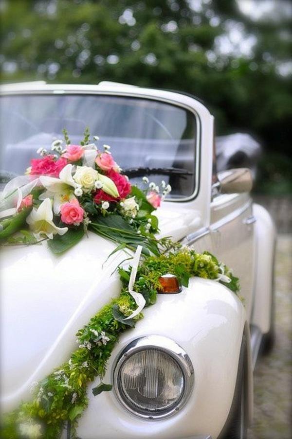 1-décoration-florale-voiture-mariage-