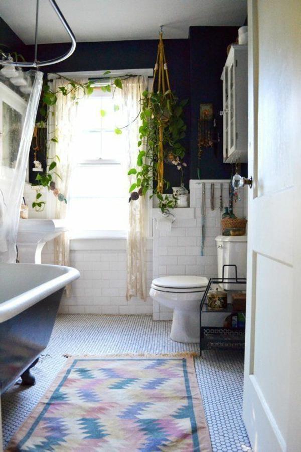 Mettez des plantes vertes pour votre salle de bain