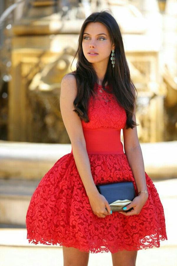 1-robe-de-soirée-rouge-courte