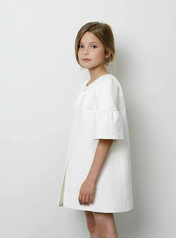 1-robe-moderne-petite-fille