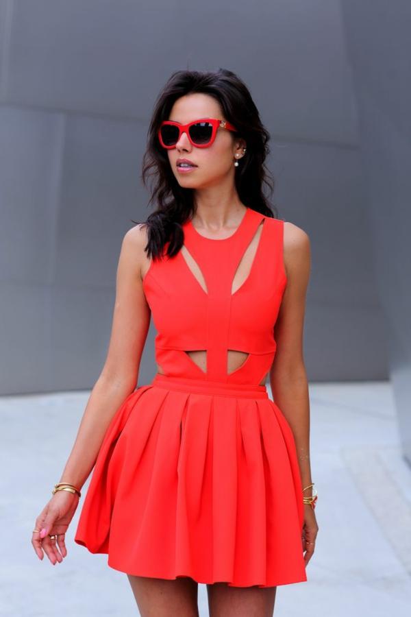 1-robe-pour-sortir-rouge-femme