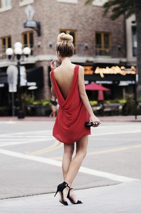 1-robe-pour-sortir-rouge-modèle-rue