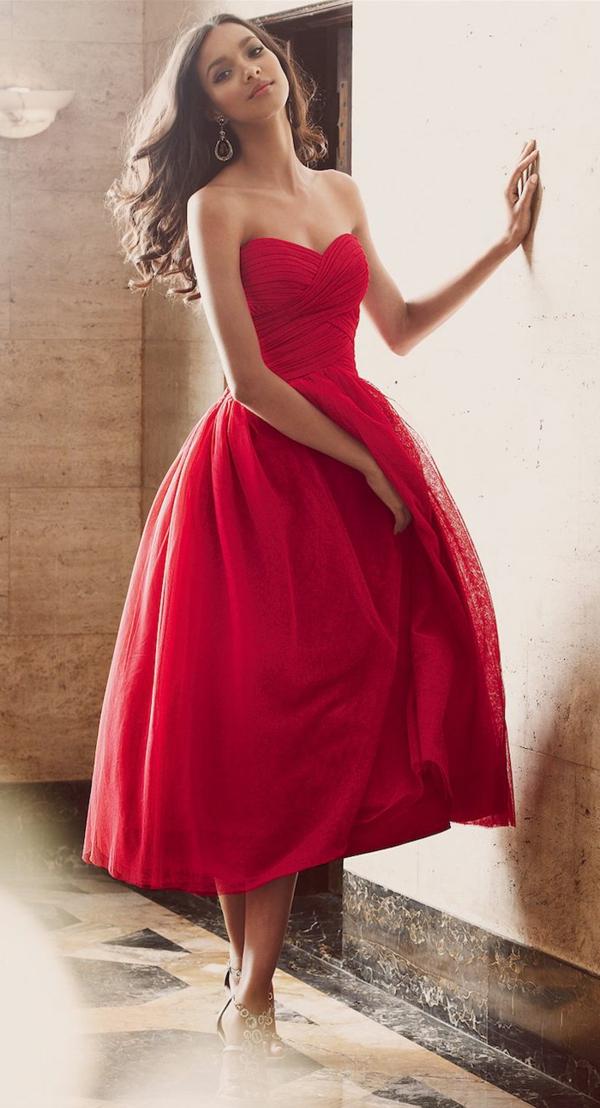 1-robe-pour-sortir-rouge