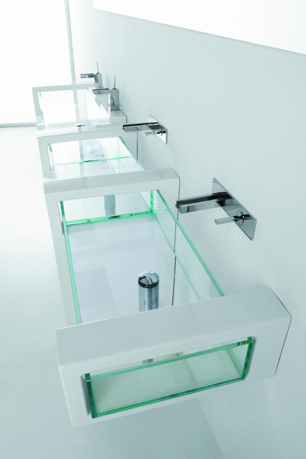 1-robinet-inrfrarouge-pour-votre-salle-de-bain-vasque-en-verre