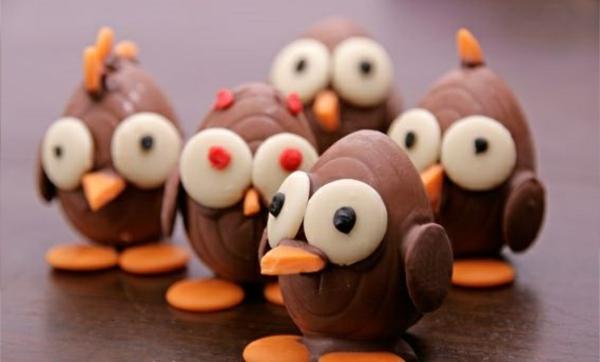 3-déco-poulets-chocolates-oeufs-en-chocolat-pour-célébrer-les-Paques