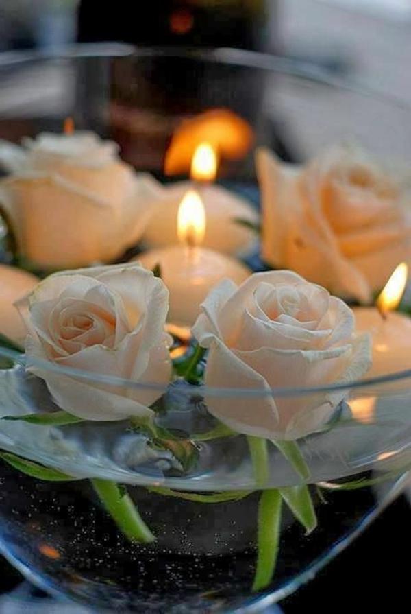 4-rose-avec-bougie-flottante