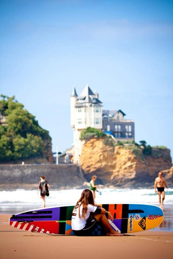 Biarritz-la-plage-une-pause-de-surf