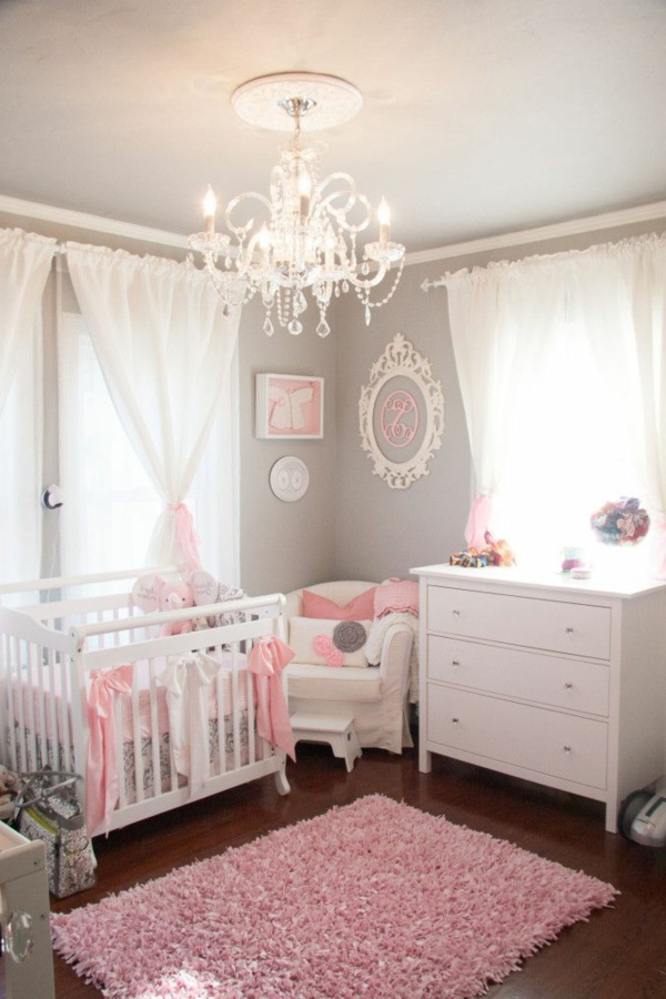 D coration pour la chambre de b b fille for Photo chambre bebe fille