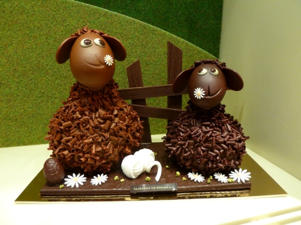 Frisoton-et-frisette-Maison-du-chocolat-Paques-saute-mouton-art-chocolat