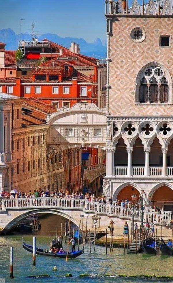 Les-vues-de-Venise-jolies-belles-monuments
