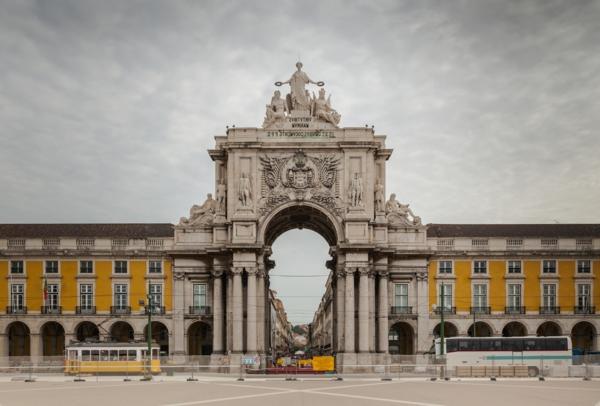 Lisbonne-arc-de-triumphe-Portugal-capital