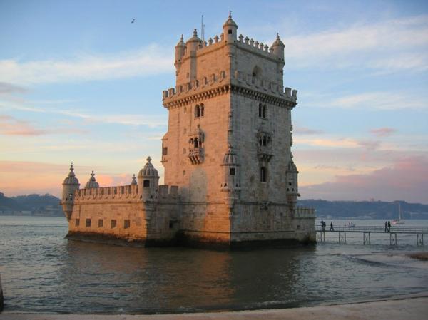 Lisbonne-torre-de-belem-lisboa-la-mer