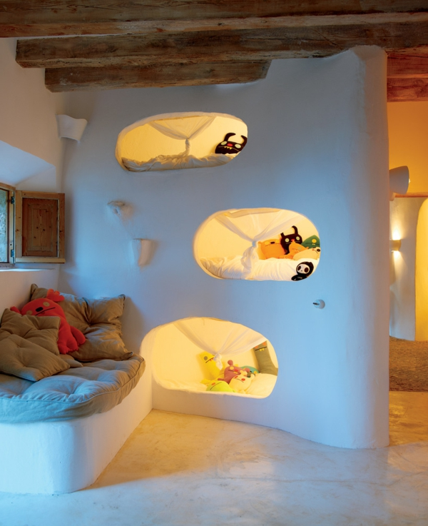 Mobilier-modulaire-pour-gaigner-espace-chambre-à-coucher-enfant