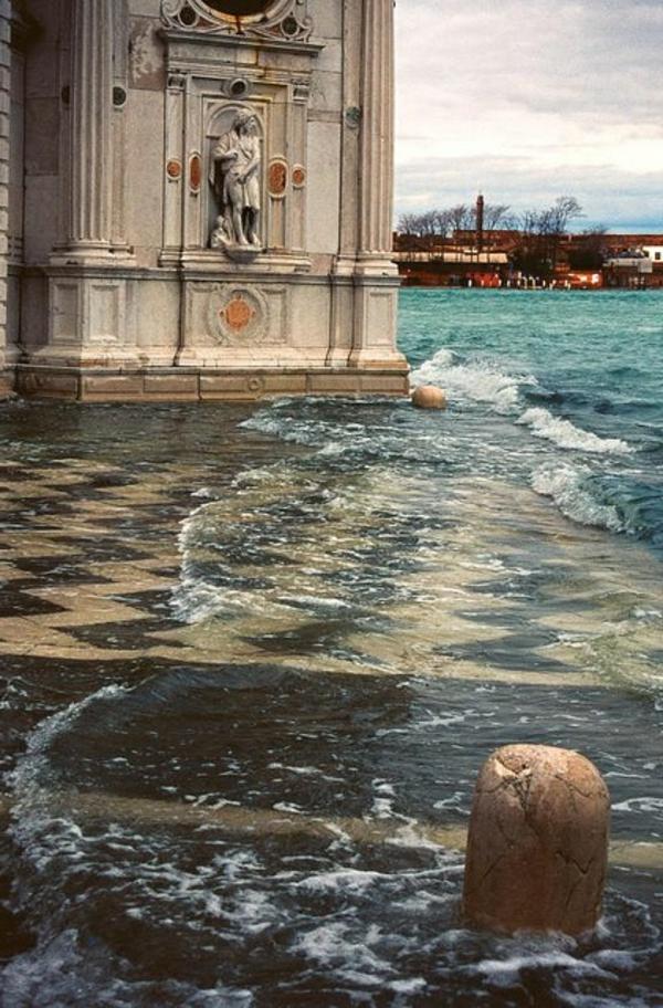 Venise-visite-à-ne-pas-manquer-place-eau-resized