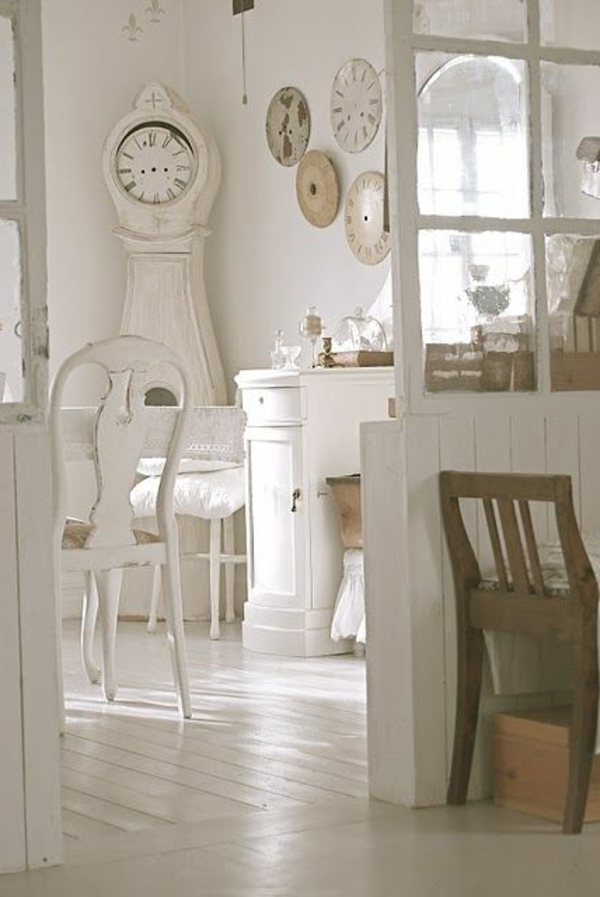 adopter-le-style-Gustavien-chambre-de-style-horloge-blanc