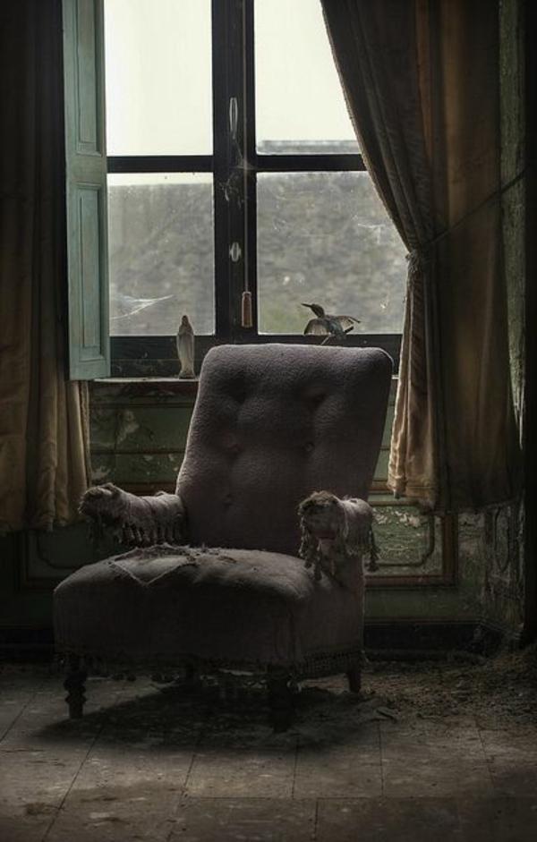 aménagement-gothique-chaise