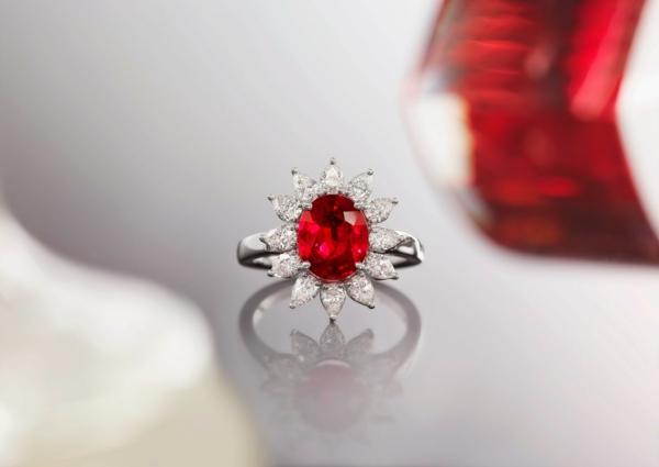 anneau-de-collection-rubis-argent-miroir
