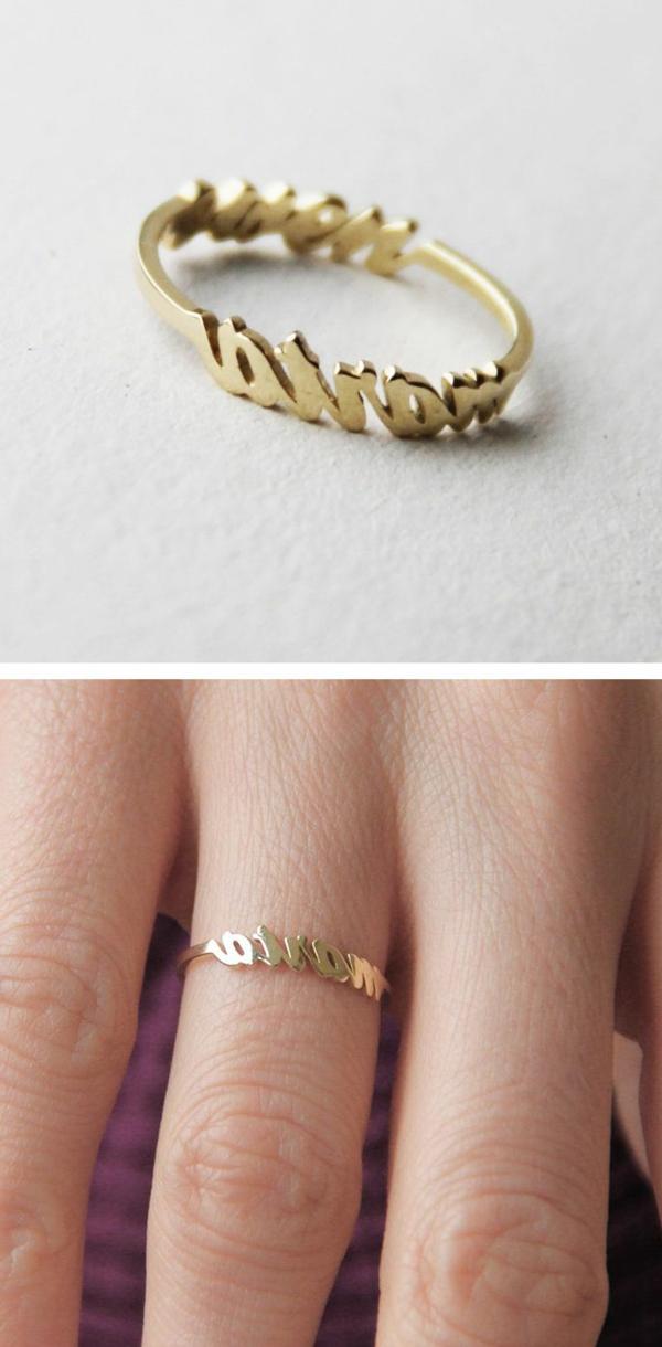 anneau-pour-main-femme-prénom