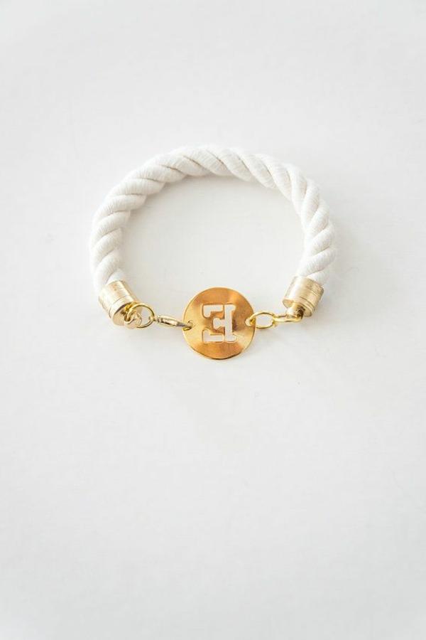 anneau-pour-main-femme