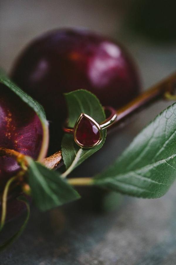 bague-rubis-anneau-rubis-métals-précieus-accessoire-luxe