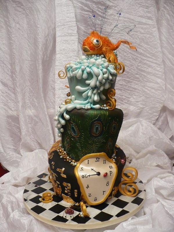 anniversaire-originale-avec-un-gâteau-à-thème-populaire-alice