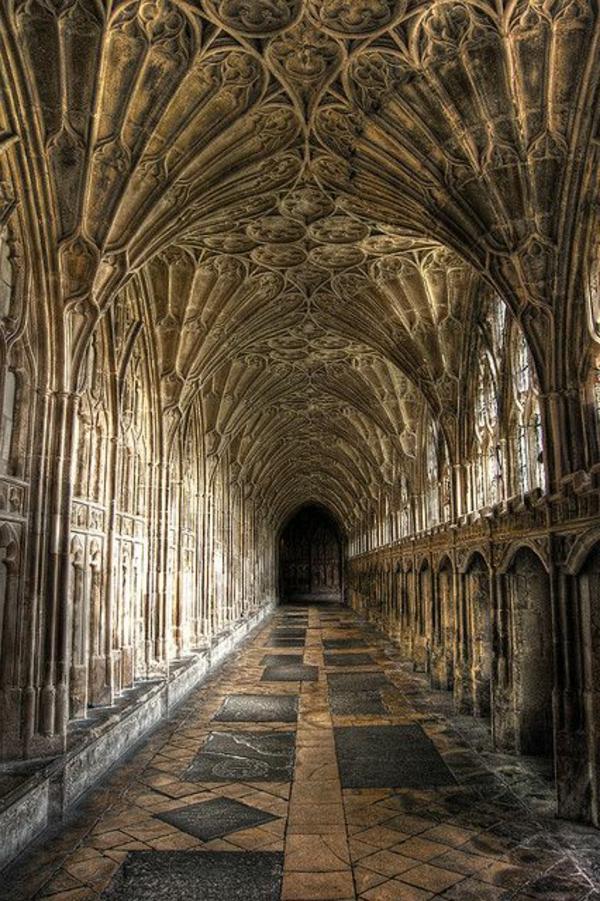 architecture-en-style-gothique-