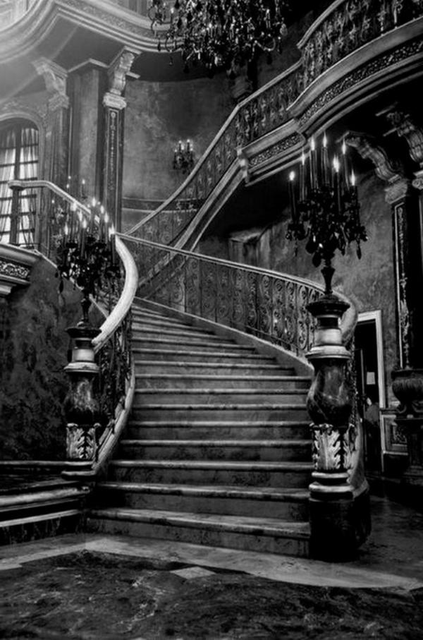 architecture-gothique-escalier