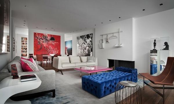banquette-lit-bleue-capitonnée-intérieur-luxueux