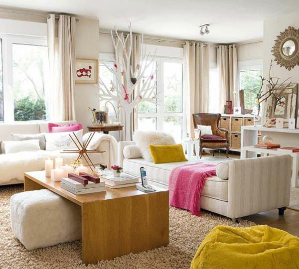 banquette-lit-dans-une-salle-de-séjour