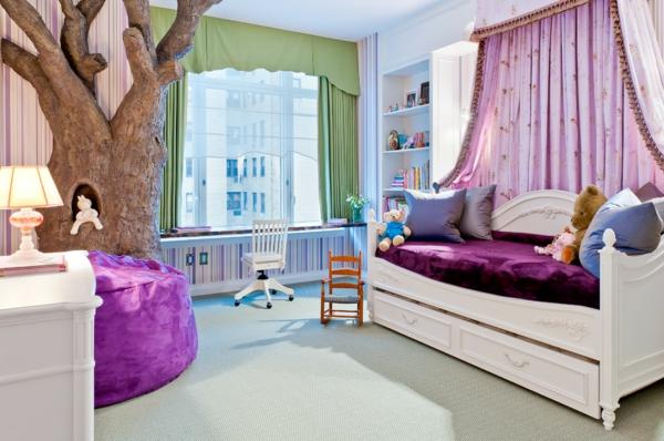 banquette-lit-idées-déco-pour-les-chambres-d'enfant-un-lit-blanc-original