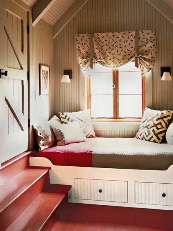 banquette-lit-intégrée-une-salle-originale
