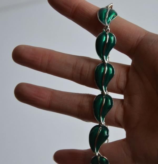 bijoux-elfiques-feuilles-vertes-bracelet