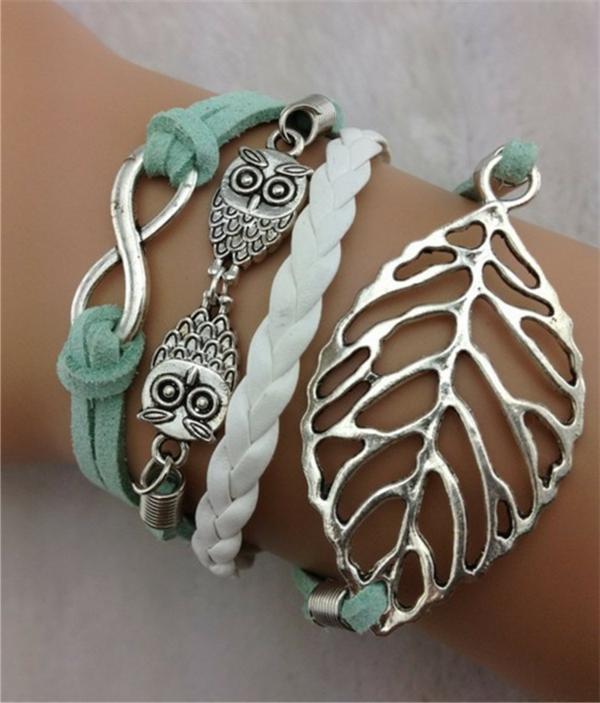 bijoux-elfiques-une-feuille-en-argent