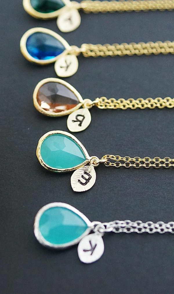 bijoux-gravés-colorés