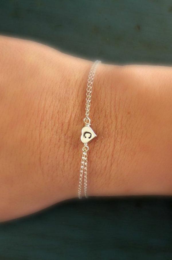 bijoux-gravés-pour-main