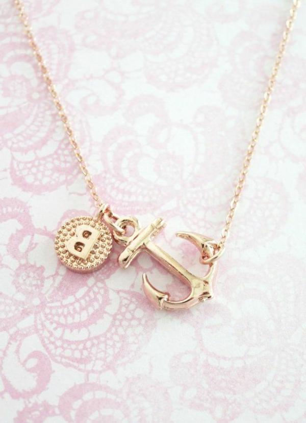 bijoux-lettre-gravéе