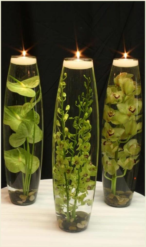 bougie-flottante-dans-une-vase