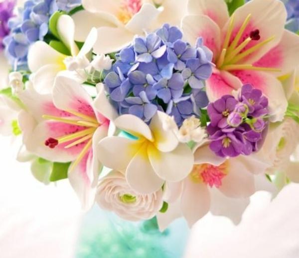 bouquet-coloré-pour-votre-table