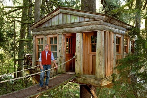 cabanes-dans-les-arbres-maison-confortable-et-habitable