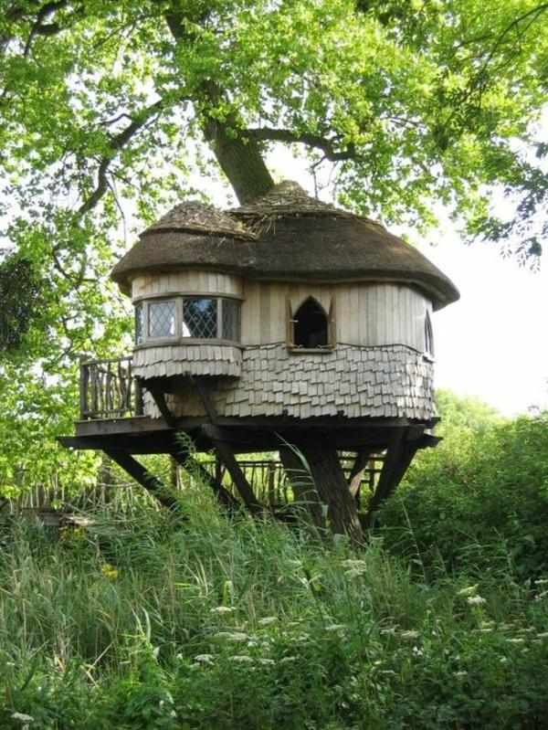 cabanes-dans-les-arbres-maisonette-sympathique