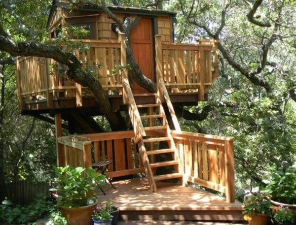 cabanes-dans-les-arbres-petite-cabane-remarquable