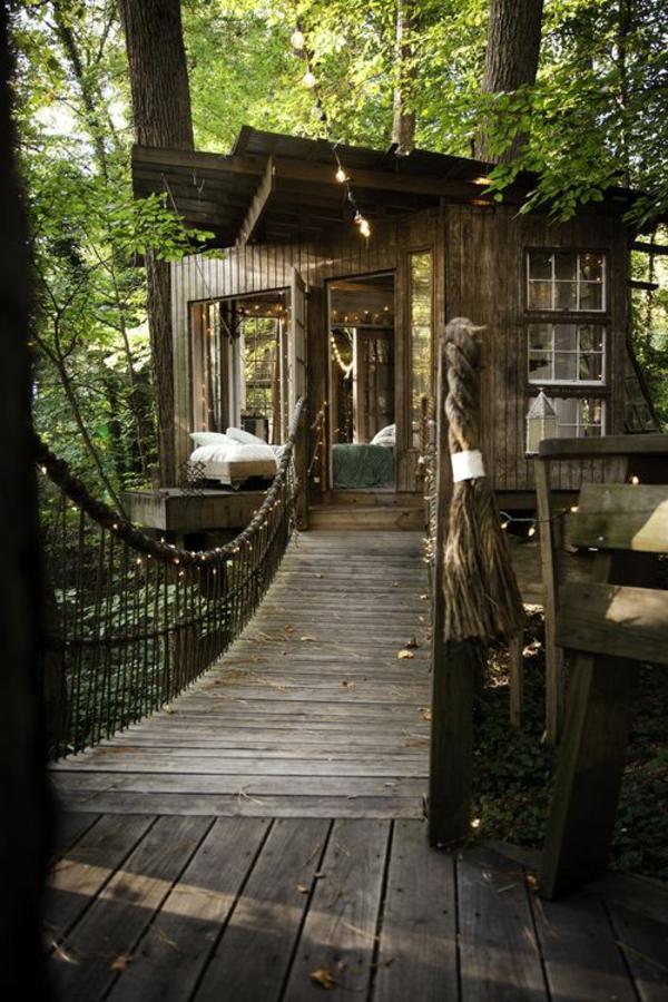 cabanes-dans-les-arbres-un-refuge-de-la-civilisation