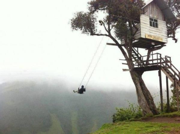 cabanes-dans-les-arbres-une-maison-à-Equador