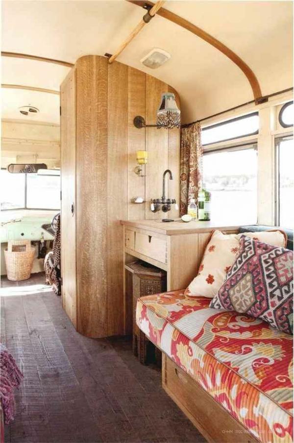 camping-voiture-maison-design-en-bois