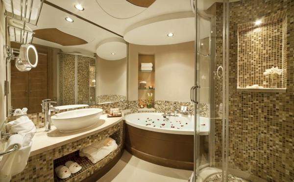 Le Carrelage Mosaique Pour La Déco De La Salle De Bains Archzinefr - Salle de bain mosaique beige
