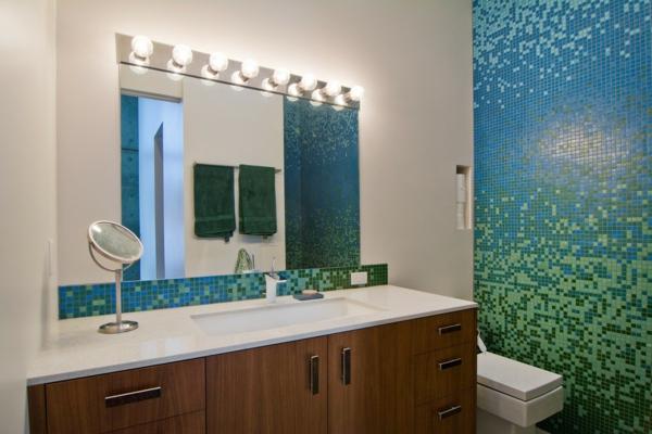 Le carrelage mosaique pour la d co de la salle de bains Idee salle de bain carrelage